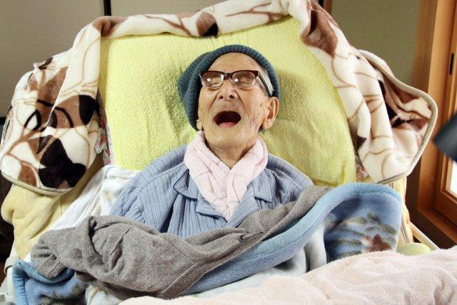 À 116 ans, Jiroemon Kimura est le doyen... (PHOTO AFP)