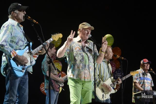 Les Beach Boys lors d'un spectacle au Centre... (Archives La Presse, Bernard Brault)