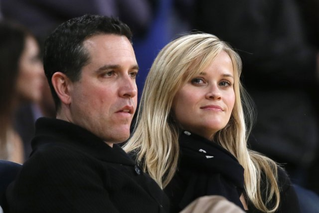 Reese Witherspoon et son mari Jim Toth.... (Photo: Reuters)