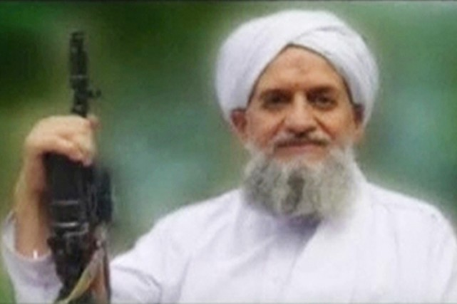 Le chef d'Al-Qaïda Ayman Al-Zawahiri.... (IMAGE ARCHIVES REUTERS TV)