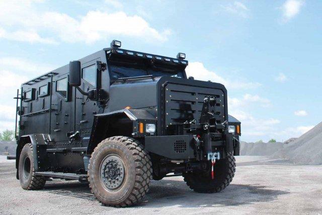 Camion blindé Thunder 1... (Photo tirée de la fiche technique de Cambli.)