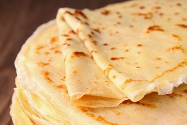 Dentelle ou suzette, la crêpe devance les fromages... (Photo margouillat photo/shutterstock.com)