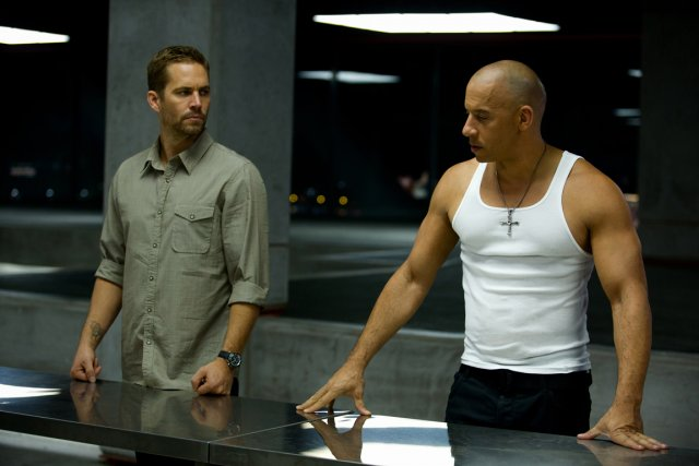 Paul Walker et Vin Diesel dans Fast &... (Photo: fournie par Universal Pictures)