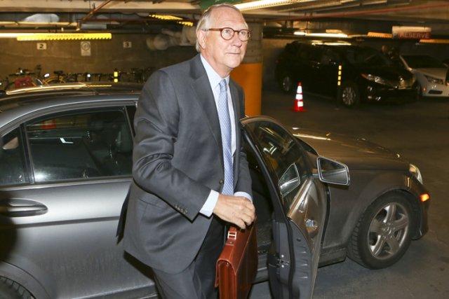 Alors qu'il rentrait chez lui, l'ex-maire se serait... (Photo: Martin Chamberland, archives La Presse)