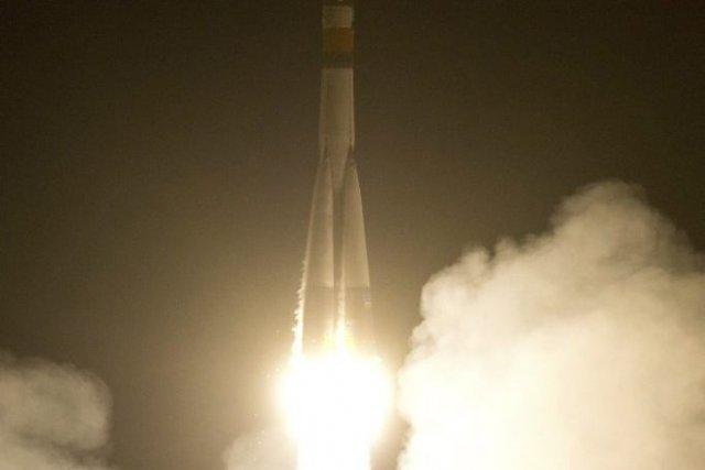 Une fusée Soyouz avec à son bord trois... (Photo NATALIA KOLESNIKOVA, ARCHIVE AFP)