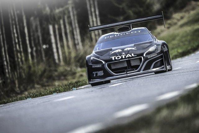 Les ingénieurs de Peugeot Sport n'ont pas lésiné sur le moteur quand ils ont... (Photo fournie par Peugeot)