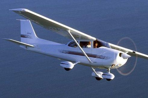 Un Cessna 172... (Photo courtoisie)