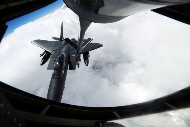 «Un avion ravitailleur des forces armées américaines KC-135... (PHOTO ARCHIVES REUTERS)