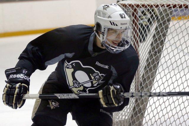 Sidney Crosby est à l'écart du jeu depuis... (Photo Keith Srakocic, AP)
