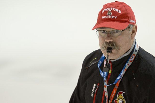 L'entraîneur des Sénateurs Paul MacLean a déclaré après... (Photo David Boily, La Presse)