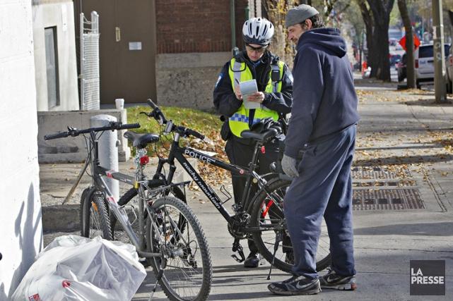 Les policiers du SPVM eillent à ce que... (Photo Patrick Sanfaçon, La Presse)