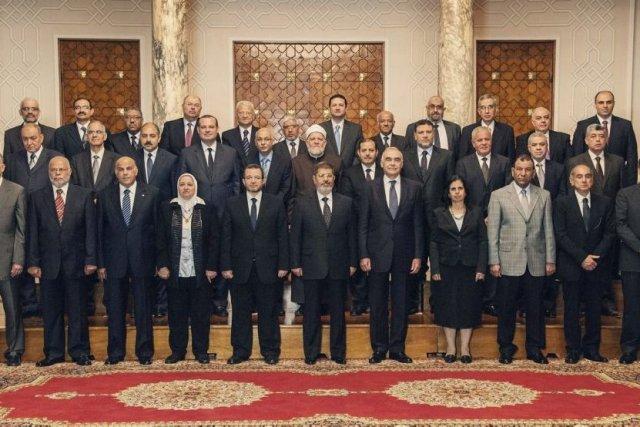 Le président de l'Égypte, Mohamed Morsi (au centre)... (Photo Agence France-Presse)