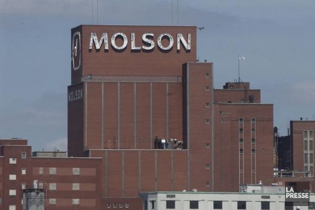 Le profit du brasseur Molson Coors aplongé de... (Archives La Presse)
