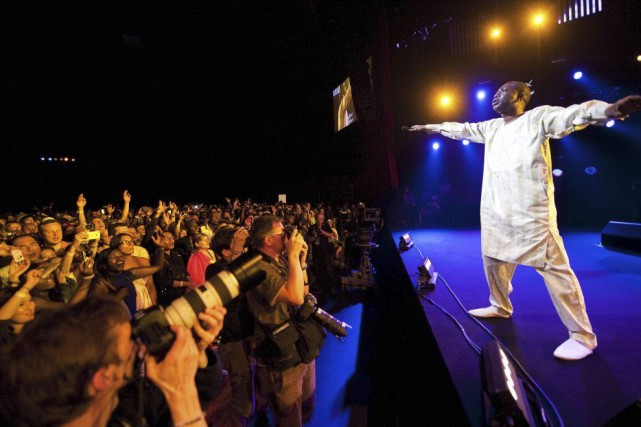 Youssou N'Dour en spectacle au Festival du jazz... (Photo: archives AFP)