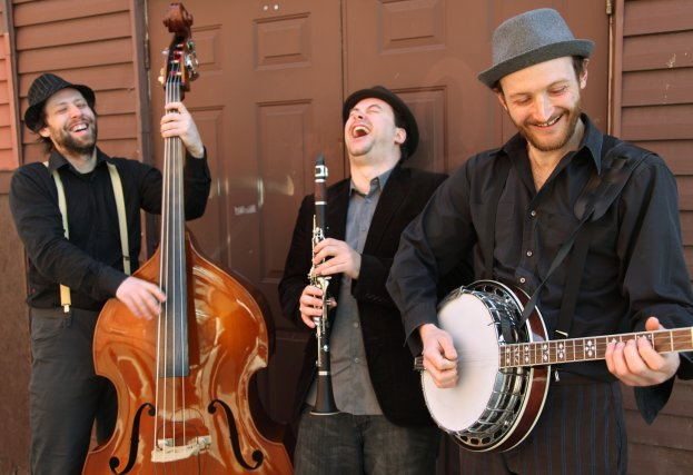 Ci-dessus, la version trio du Early Jazz Band...