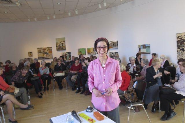Marie-Anne Poggi dirige une vingtaine declubsdelecturemensuels dans les...