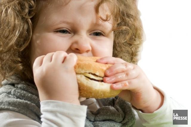 L'obésité recule chez les adolescents américains de familles aisées, mais...