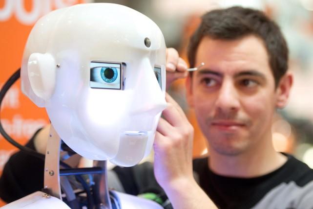 L'intelligence artificielle dépassera-t-elle celle de l'humain d'ici la... (PHOTO JOCHEN LUEBKE, Archives AP)