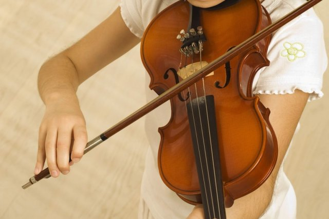 Voici les noms des 12 concurrents du Concours international de violon de... (PHOTO : ARCHIVES LA PRESSE)