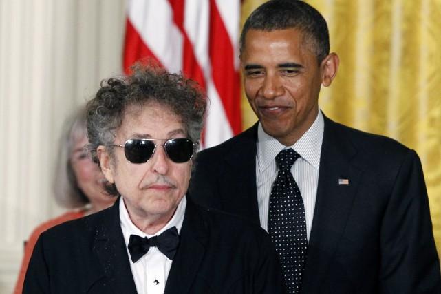 En mai 2012, Bob Dylan recevait la Médaille... (PHOTO CHARLES DHARAPAK, ARCHIVES AP)