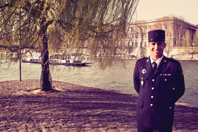 Grégory Quillacq, sapeur pompier... (PHOTO MAXIME DUMONT (URBANIA))