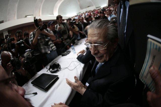Aux arrêts domiciliaires depuis un an, Efrain Rios... (Photo Jorge Dan Lopez, Reuters)