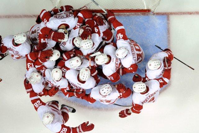 Les Red Wings de Detroit ont dû remporter leurs quatre derniers matchs pour... (Photo: AP)