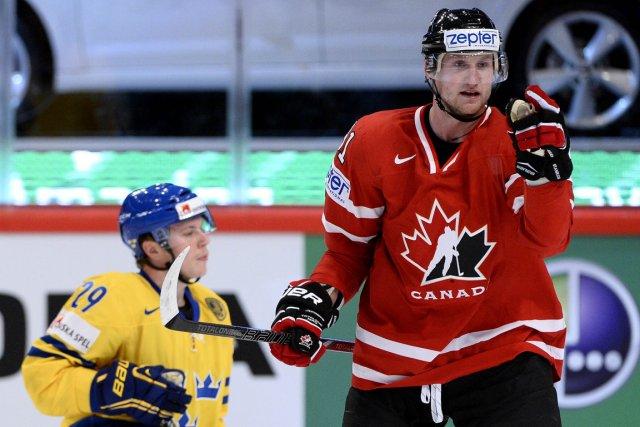 Steven Stamkos et l'équipe canadienne ont défait la... (Photo Jonathan Nackstrand, AFP)
