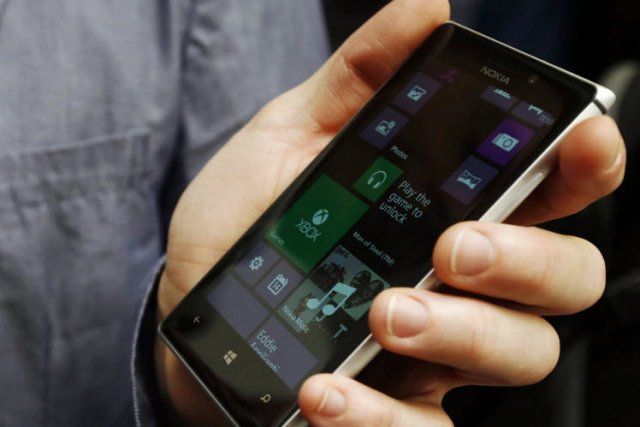 Le Lumia 925 n'est certes pas une révolution, mais il fera sans doute des...
