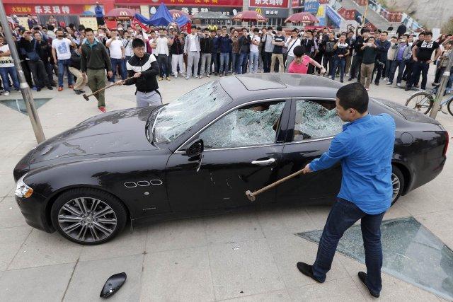 «J'espère que les fabricants étrangers de voitures de... (Photo AFP)