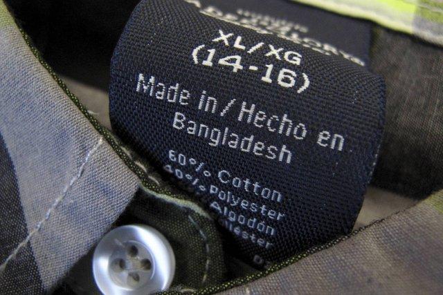 Le Bangladesh est le deuxième exportateur au monde... (PHOTO MIKE BLAKE, REUTERS)