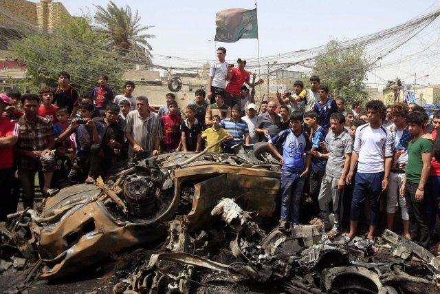 Les violences en Irak ont baissé par rapport... (Photo Karim Kadim, AP)