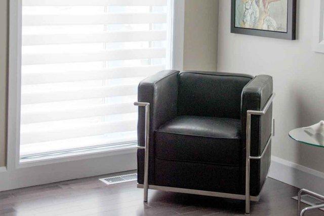 fenetre de toit velux ggl pas cher pour tous vos travaux orleans saint denis metz. Black Bedroom Furniture Sets. Home Design Ideas