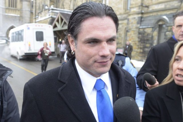 Patrick Brazeau... (Photo Adrian Wyld, archives La Presse Canadienne)