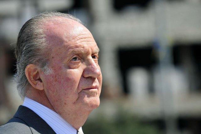 La popularité du roi Juan Carlos est en... (Photo Srdjan Zivulovic, Archives REUTERS)