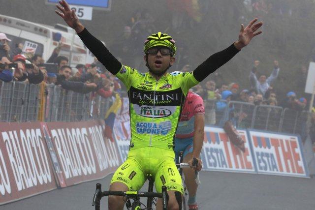 Mauro Santambrogio a précédé Vincenzo Nibali qui ne... (Photo : Luk Benies, AFP)