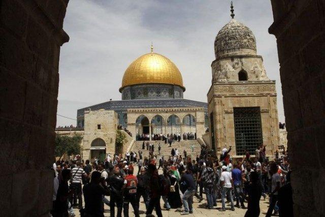 L'esplanade des Mosquée pour les musulmans, désignée sous... (PHOTO AMMAR AWAD, REUTERS)
