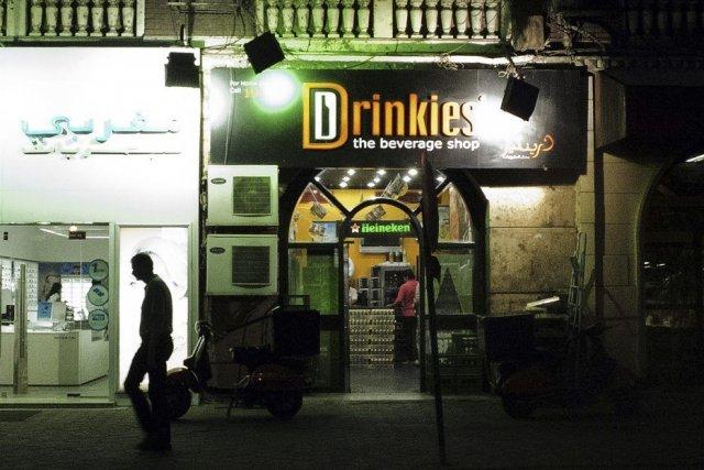 Un magasin de la chaîne Drinkies, spécialisée dans... (PHOTO GIANLUIGI GUERCIA, AFP)