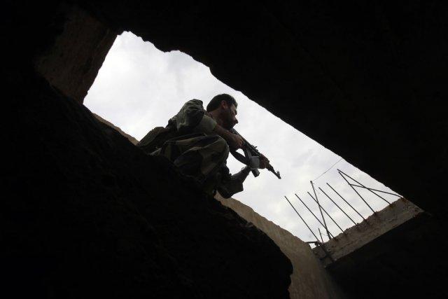 Un soldat syrien.... (PHOTO JOSEPH EID, AFP)