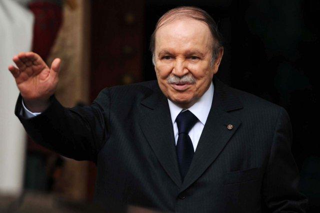Le président algérien Abdelaziz Bouteflika... (PHOTO FAROUK BATICHE, AFP)