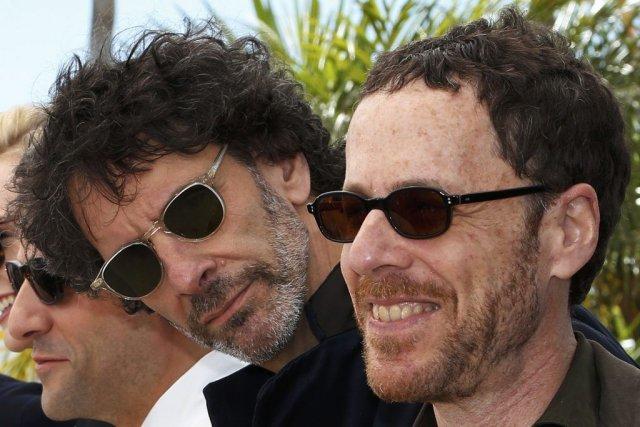 Joel et Ethan Coen, favoris avec Inside Llewyn... (PHOTO REUTERS)