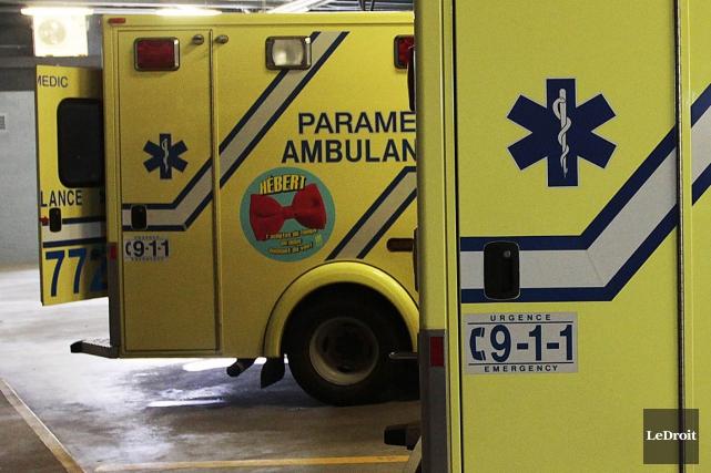 Un cycliste a été gravement blessé à Montréal, dimanche matin, après avoir été... (Photo d'archives Le Droit)