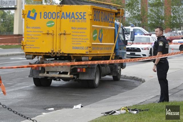 L'accident est survenu près de l'intersection du boulevard... (Photo Patrick Sanfaçon, La Presse)