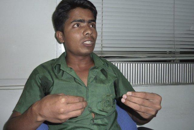 Au deuxième jour des opérations, Mamun, un tailleur... (Photo Kamrul Hasan Khan, Agence France-Presse)