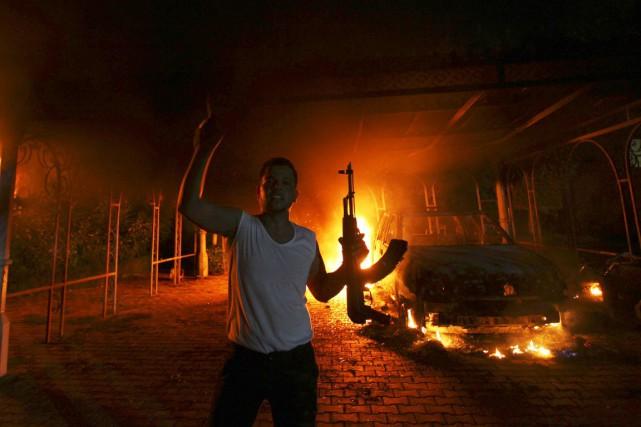 L'attentat du 11 septembre 2012 contrela mission diplomatique... (PHOTO ESAM AL-FETORI, ARCHIVES REUTERS)