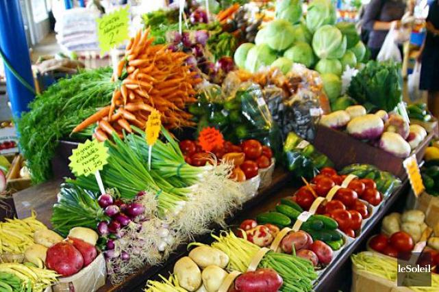 Les aliments biologiques coûtent plus cher que les... (Photothèque Le Soleil)