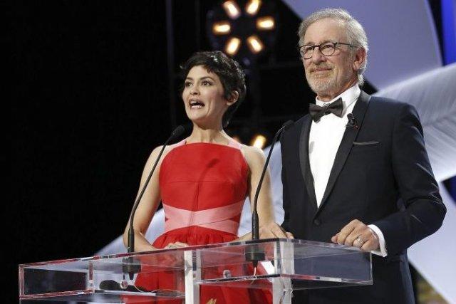 Audrey Tautou et Steven Spielberg, président du jury.... (Photo AFP)