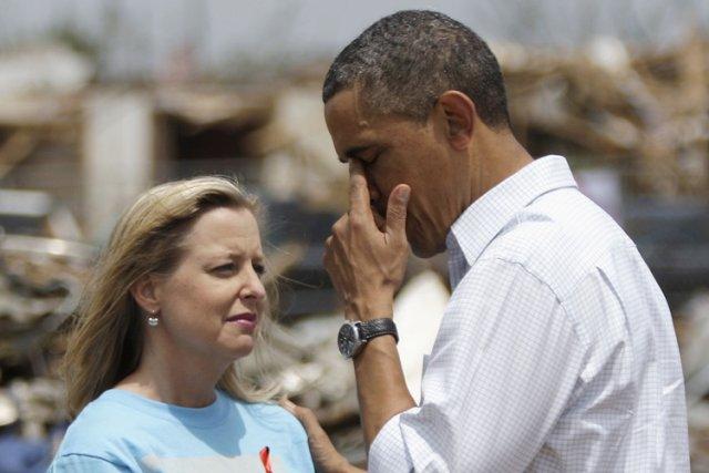 Barack Obama a essuyé une larme après avoir... (Photo: Reuters)