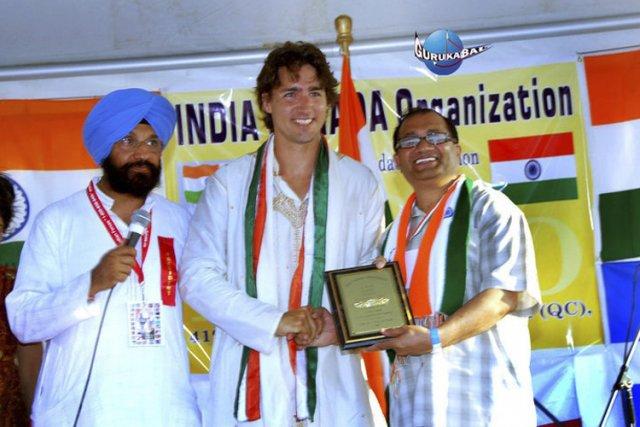 Daljit Singh Kalkat, à gauche, ex-président de l'India... (Archives La Presse)