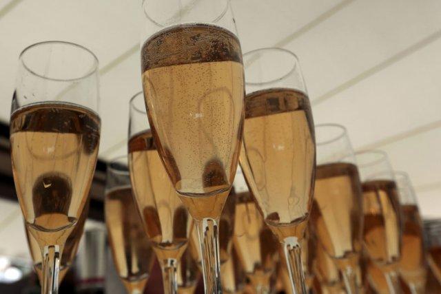Les expéditions de champagne en Chine suivent une... (Photo: Reuters)